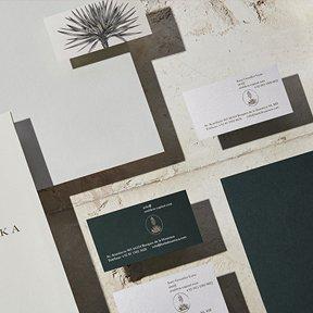 Diseño de marca por Anagrama